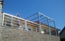 Inox nadstrešek z ograjo